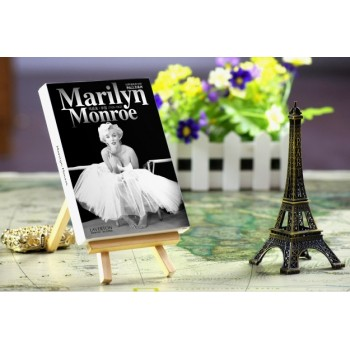 Marilyn Monro (30 postcards, 14.2*10.2 сm)