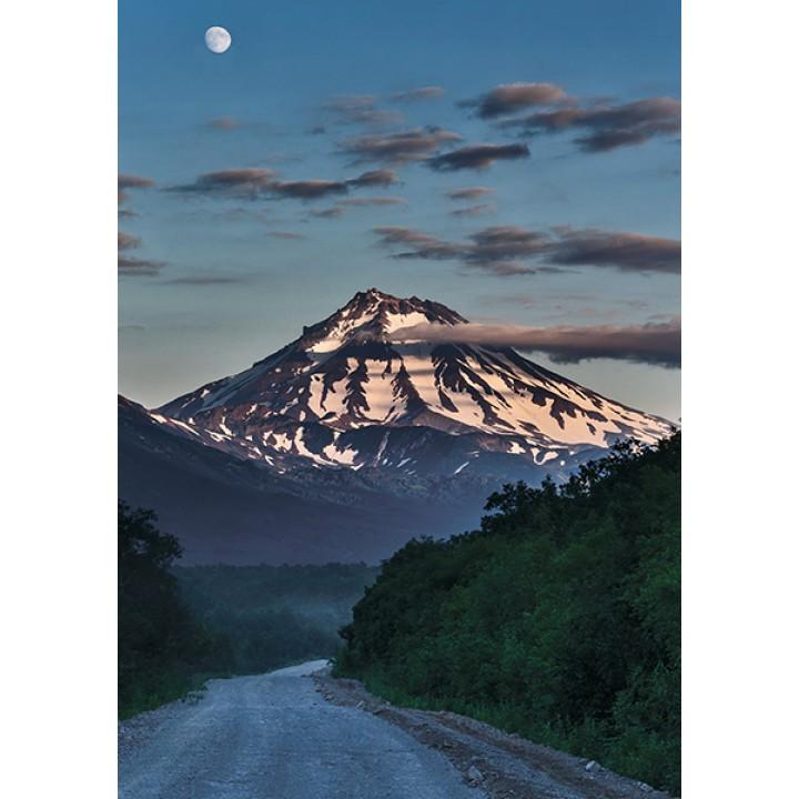 Road to Viluchinsky Volcano. Kamchatka, UNESCO