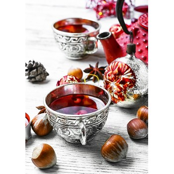 Tea with berries