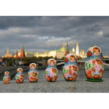 Russian dolls and Moscow
