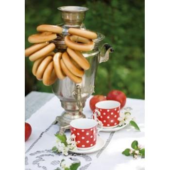 Summer tea-time